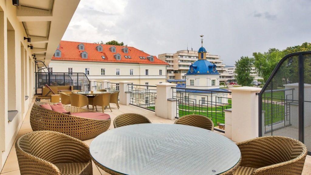 Turčianske Teplice royal palace