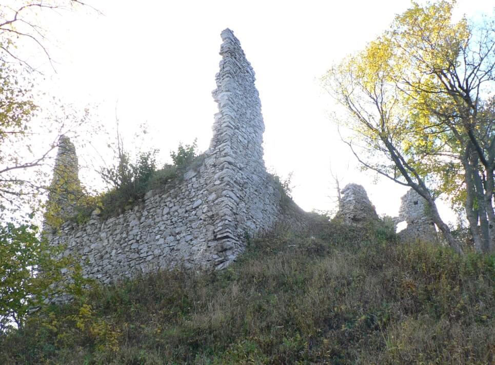 Turčianske Teplice hrad zniev